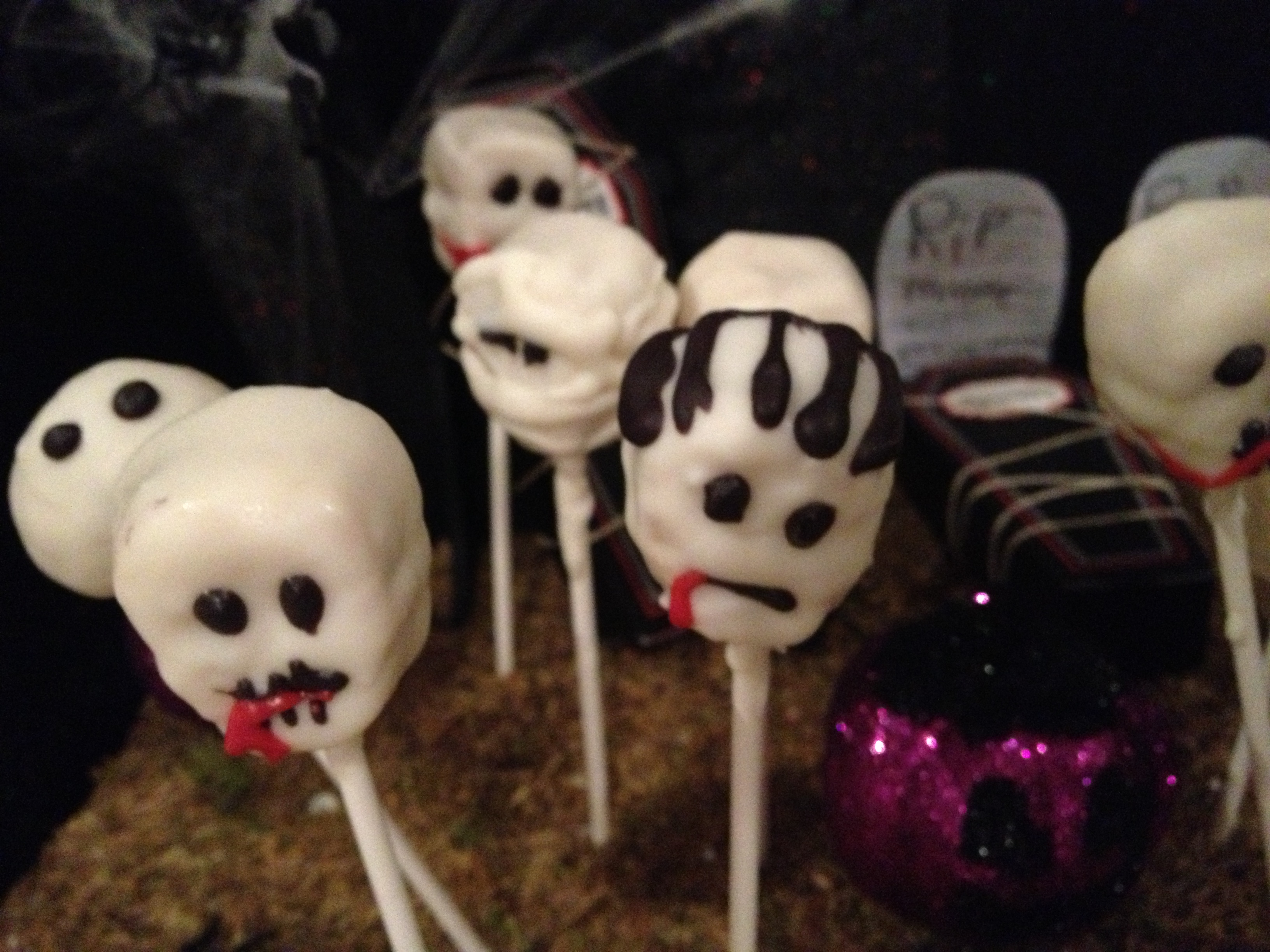 zombie cakepops
