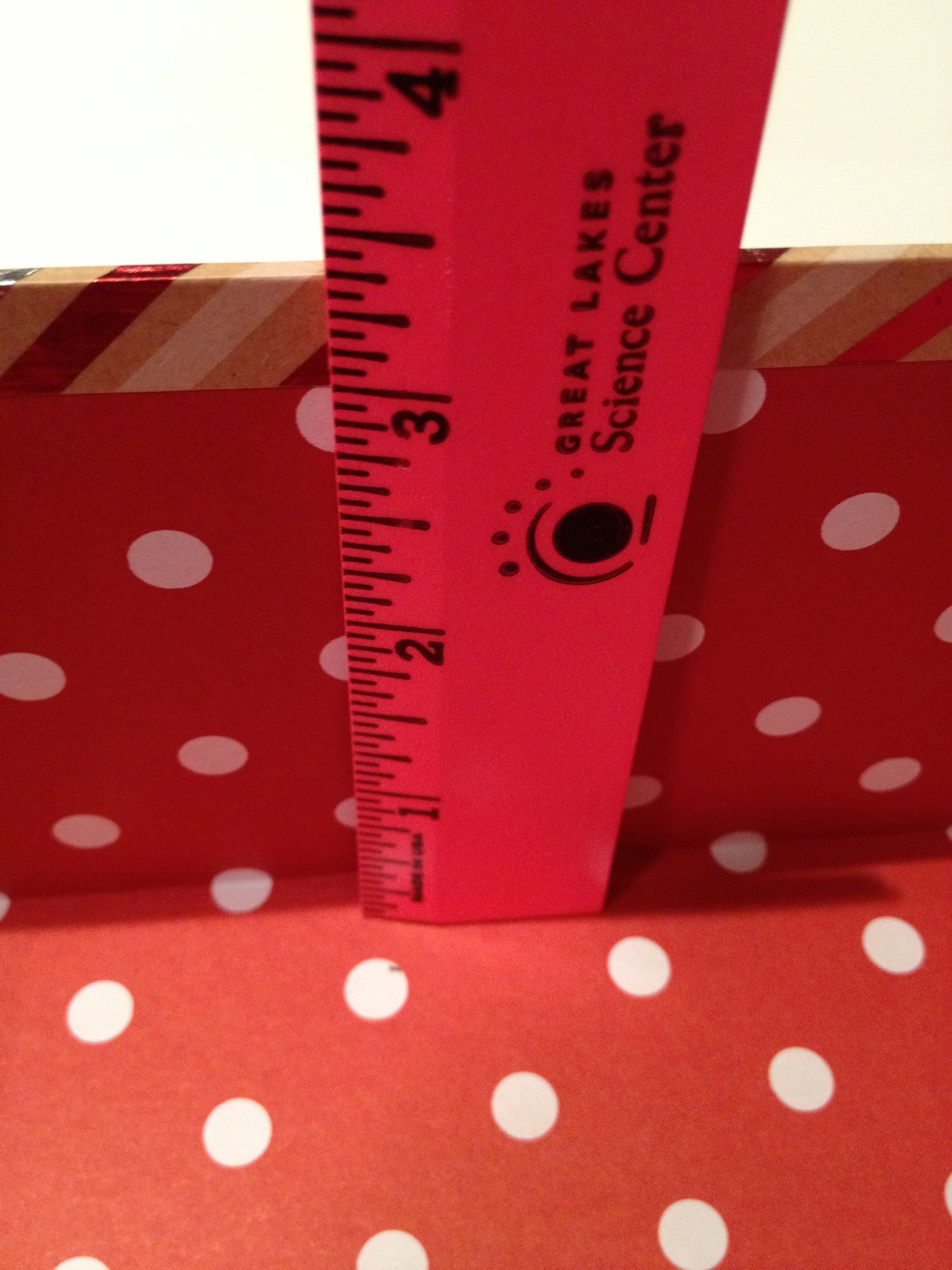 measure gift box