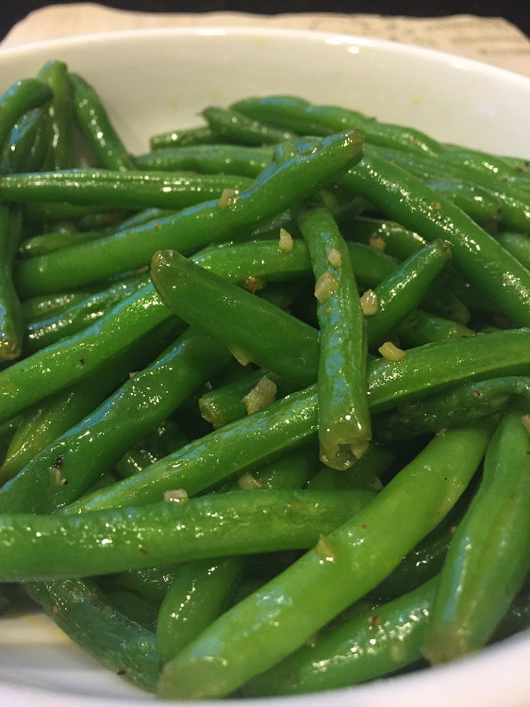 easy-garlic-green-beans-recipe-healthy-dinner-vegetables